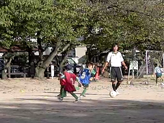 [300fps Video] Kids Soccer-CIMG0258.part (pinboke_planet) Tags: kids video soccer casio highspeed slowmotion 300fps exf1