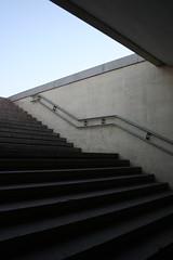 (arnd Dewald) Tags: china stairs beijing treppe   tiananmensquare peking   bijng  pedestrianunderpass platzdeshimmlischenfriedens arndalarm zhnggu tinnmngungchng fusgngerunterfhrung fusgngertunnel img3629klein