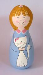 Esse gatinho eh meu!!! =) (Belle Bellica) Tags: wood flowers verde azul cat painting doll bonecas rosa pintura woodendoll
