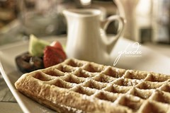 Breakfast (ya7obeelk) Tags: fruit breakfast canon 50mm bokeh happiness waffle leisurely ghada 400d ya7obeelk hawaalrayyanfav