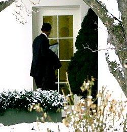 alg_obama_door