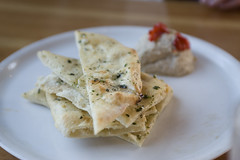 Flatbread with White Bean Dip-Fondi