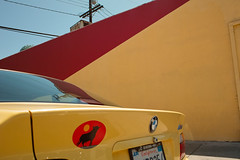 Marina del Rey, L.A. (Wanderungen) Tags: california red usa abstract car yellow losangeles diagonal bmw parked marinadelrey dp1 sigmadp1