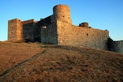 Château de Portes près d'Alès (Gard, Cévennes) au couchant