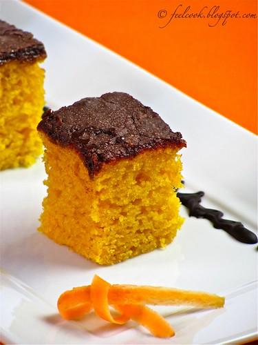 Torta di carote con glassa al cacao
