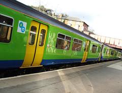 Train at Kidderminster (Frosted Peppercorn) Tags: station train diesel platform samsung railway class 150 wesley bowler wez frosted peppercorn kidderminster sprinter dmu 150106 londonmidland vluu nv8 150126
