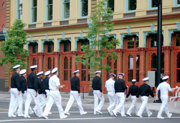 navy_walking