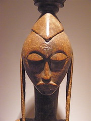 NMAfA_Female figure (Bamana people, Mali) (catface3) Tags: sculpture art museum washingtondc smithsonian dc masks mali woodcarving africanart nationalmuseumofafricanart bamana catface3 africanvision disneytishman