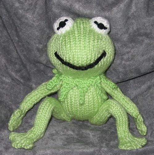 ami-along Kermit THE Frog part deux - We Love Amigurumi