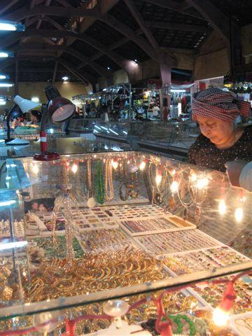 glimmering jewel market