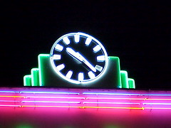 Neon Clock, Walthamstow Stadium