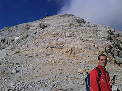 mauri near sella top (alessandrog) Tags: alps lago punta alpinismo montagna freddo sella dolomiti cima croce rifugio marmolada ghiaccio corda vetta penia avventura crepaccio