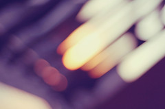 Can you see some flying bokeh this evening?~ (Tja'Sha) Tags: sunset sunlight bokeh bokehlicious tuesdayevening bokehwhores fiddywhores onourbalcony hbweve bokeheve flyingsunsetbokeh organgepurpleyellowandwhitebokeh