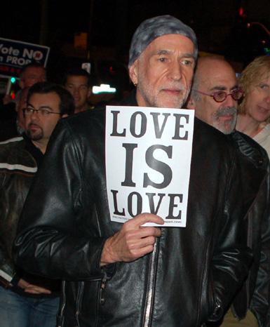 7Love-is-Love!.jpg