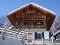Hotel les 4 Saisons (Seabagg) Tags: snow switzerland ovronnaz