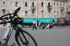 la bici (zecaruso) Tags: italy italia trento caruso trentino ciccio bicicletta piazzaduomo zecaruso cicciocaruso