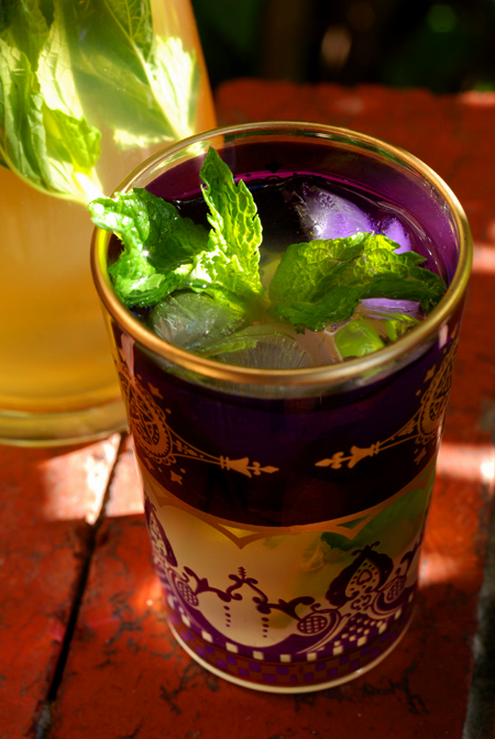 mint and ginger tea© by Haalo