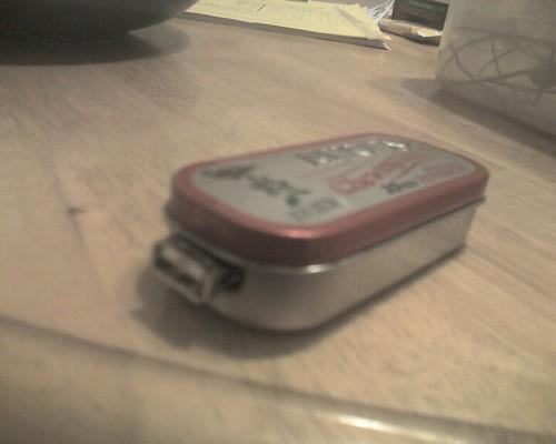 Altoids USB chager 2
