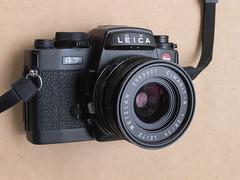 Leica R7 with 35mm 2.8 Elmarit-R lens (jiulong) Tags: leica 35mm lens 28 r7 elmaritr