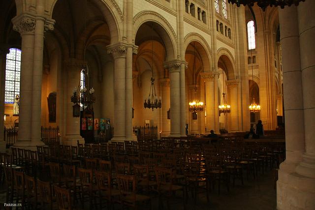 C'est une des plus grandes églises de Paris