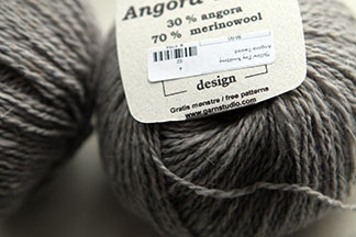 Angora Tweed Yarn