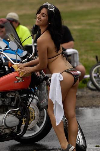 bikini bike wash (viciouscycle) Tags: bike honda towel babe wash bikini ...