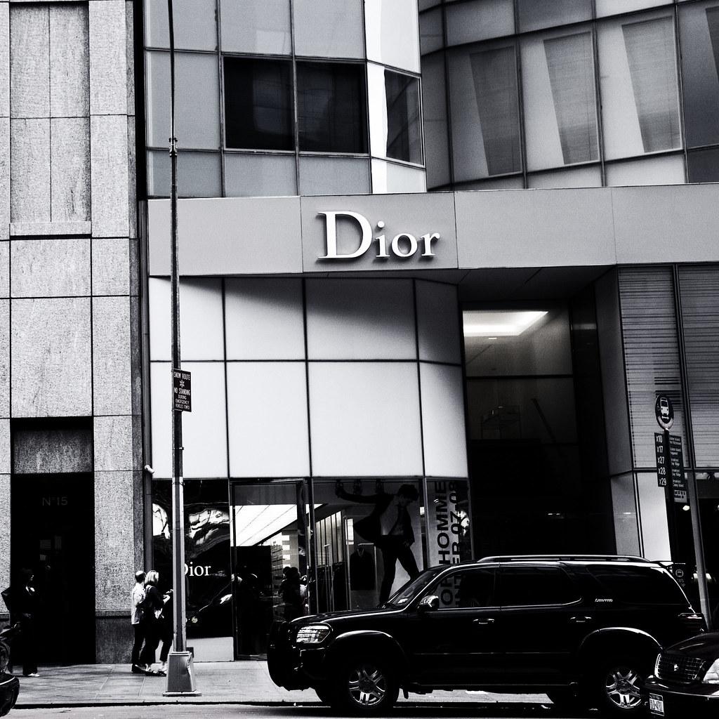 Dior Homme Boutique