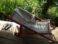 Deckchair @ Island Hut, Koh Mak (Dharma Train) Tags: beach thailand island chair towel deck hut flip koh flop mak trat