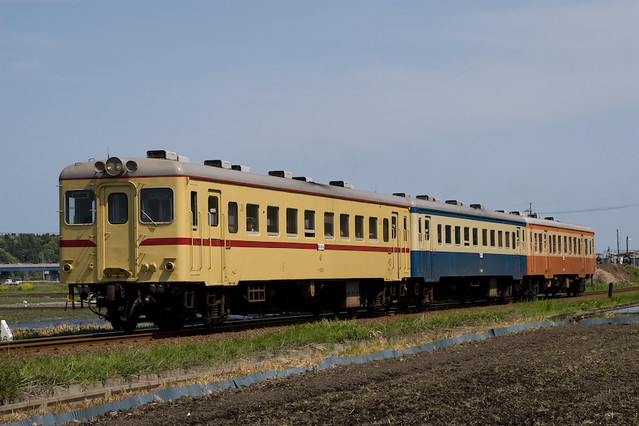 茨城交通キハ2004+キハ222+キハ205