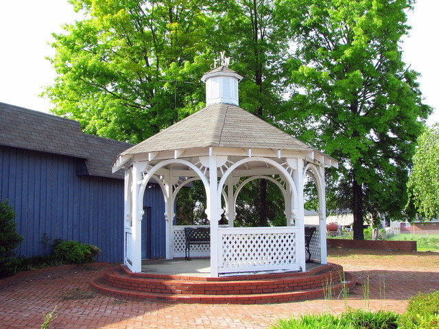Trousdale Co. VFW gazebo