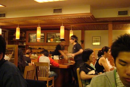 店員跟廚師都是日本人的哩