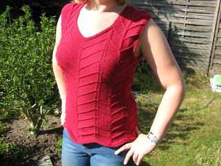 Zigzag Top pattern by Marianne Isager