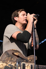 Angels and Airwaves - Tom DeLong (Kevin Baldes) Tags: punk warpedtour horrorpops normajean reelbigfish againstme concertphotos storyoftheyear everytimeidie angelsandairwaves