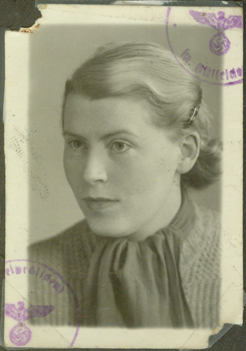 1943 German Passport Frau Fritz Wasserman