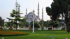 sultanahmet Blue mosque gardens