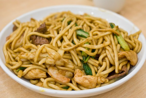 Shanghai stir fried hand made noodle (Combination)