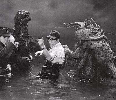 Qui s'intéresse au Kaiju? - Page 2 2741369202_c0daa75a70_o