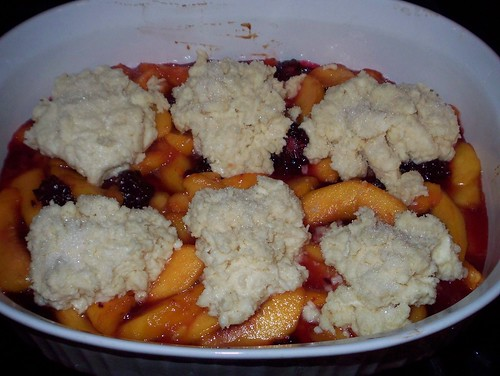 peach blackberry cobbler before baking