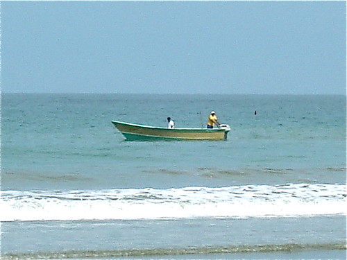 Ecuador-beach-fishing