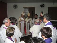 clero e bispos antes da celebração