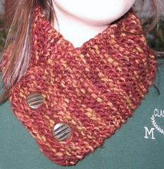 Garter button scarf