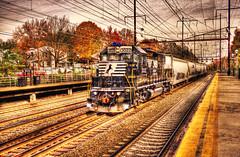 NS 3022 (Tony Shi Photos) Tags: railroad newjersey ns locomotive transporter nec metuchen northeastcorridor gp382  diesellocomotives chemicaltankers ni