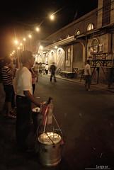 : taho muna po bago magsimba (Lakad Pilipinas) Tags: christmas street people food church asia philippines manila filipino southeast custom pinoy luzon simbanggabi malabon taho kalye sacredheartparish nikond80 tugatog nikkor1855mmvr audioscience sangoyo christianlucassangoyo
