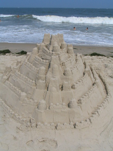 Castles In The Sand, Ocean City, Maryland, July 2005, photo © 2005-2009 by QuoinMonkey. All rights reserved.