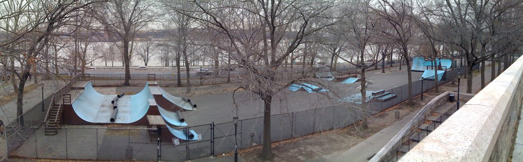 NEW YORK CITY RIVERSIDE PARK SKATEPARK