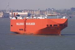 TANCRED - Wallenius Wilhelmsen - in New York, USA (Tom Turner - SeaTeamImages / AirTeamImages) Tags: auto city nyc red usa newyork water car port island bay coast harbor boat marine ship unitedstates harbour transport shoreline vessel spot off cargo anchorage pony shore maritime transportation anchor vehicle roll statenisland bigapple carrier channel spotting staten roro waterway carcarrier stapleton autocarrier walleniuswilhelmsen tomturner wilhelmsen tancred wallenius vehiclecarrier