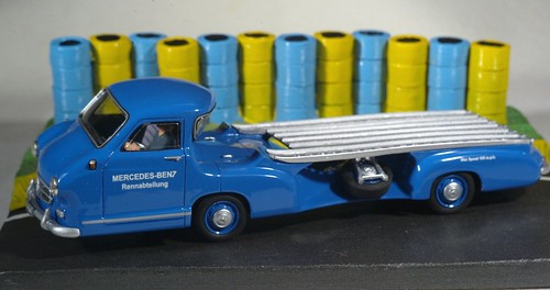 Mercedes Benz Renntransporter (1954) (by delfi_r)