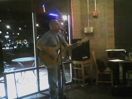 Matt Moran performing at Inza Coffeehouse, Scottsdale, Arizona