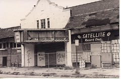 The former Stax studios and Satellite Record Shop, Memphis Tennessee,  September 1989 (stevesobczuk) Tags: records closed decay memphis satellite 1989 derelict movietheater tennesee recordingstudio stax mclemore satelliterecordshop