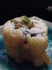 Maki Sushi Tempurizado de Anguila con Queso